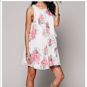 Free People WMN Boho Pleated Tunic Floral Dress XS